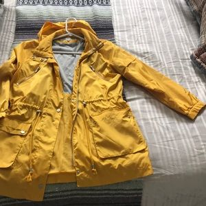 Kenneth Cole lightweight yellow jacket
